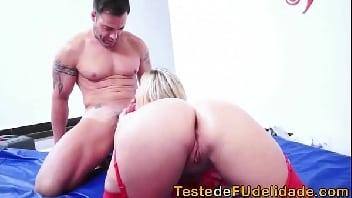 Casada gostosa transando com o seu massagista