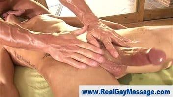Massagem e sexo puto gay dando o cu