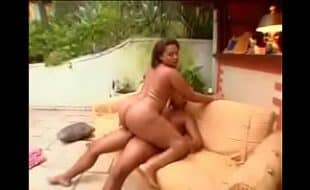 Sexo free safada dando uma sentada gostosa