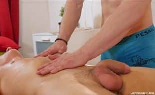 Massagem com sexo gay