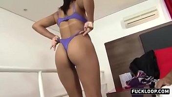 Morena mais gostosa fazendo sexo
