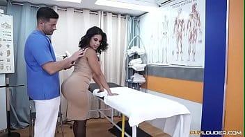 Xhanster com madame fazendo boquete pro massagista