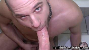 Sexo gey barbudo safado mamando e dando o cu