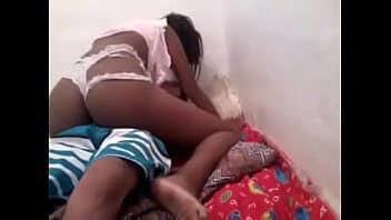 Porno africa ninfeta sentando