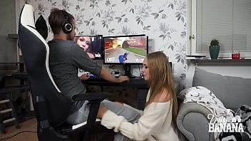 Contos sex gamer jogando e transando
