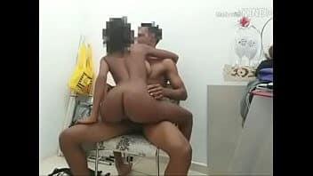 Novinha sexo amador com amigo do namorado