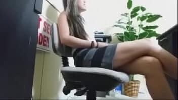 Garganta profunda xvideos secretaria querendo aumento