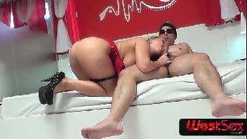 Brasileira transando Cibelle Mancinni dando pro frotinha