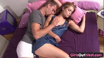 Video sexo online casal transando e gozando