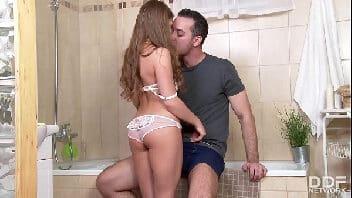 Magrinha xvideos fazendo sexo anal com primo