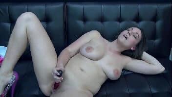 Mulher pelada gif se masturbando até gozar