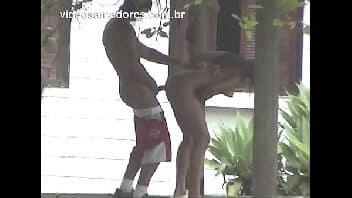Flagra reais sexo no jardim
