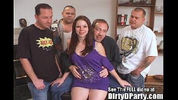 Gang bang xvideos dando para vários