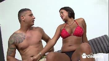 Video de sexo com coroa enxuta e muito gostosa